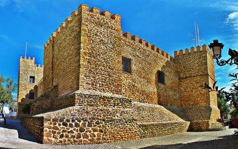 Castillo-Luna-Rota