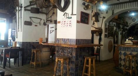 Asador el anticuario, tapear en el centro de San Fernando