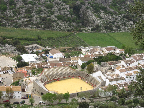 plaza-toros-villaluenga-rosario