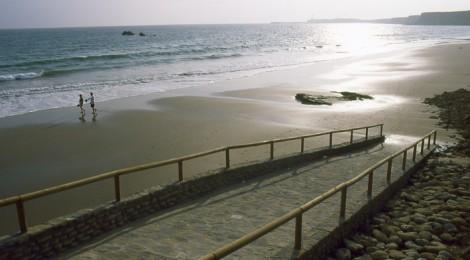 A que playa ir cuando hay levante en Cadiz