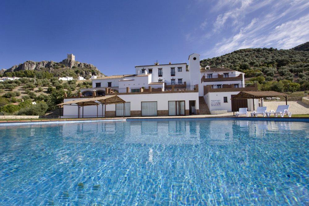 hotel zahara sierra piscina