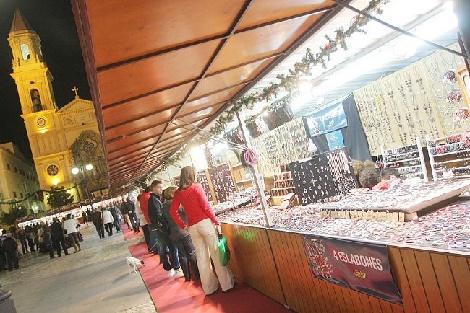 Mercado_Artesania_Plaza_San_Antonio