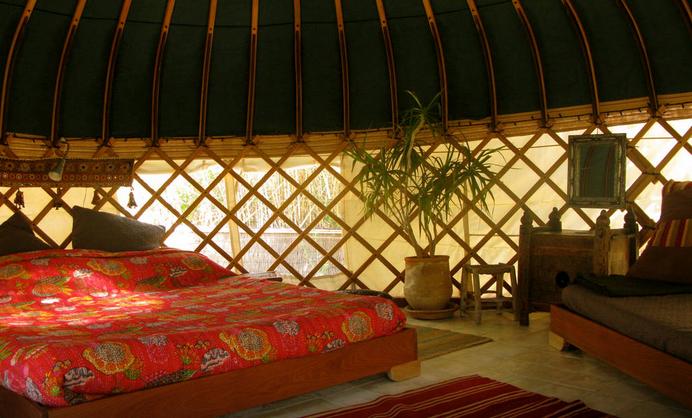 Yurts_tarifa_glamping