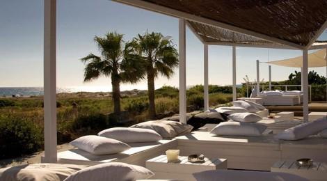 Catedral Beach: Terraza Lounge en Zahara de los Atunes
