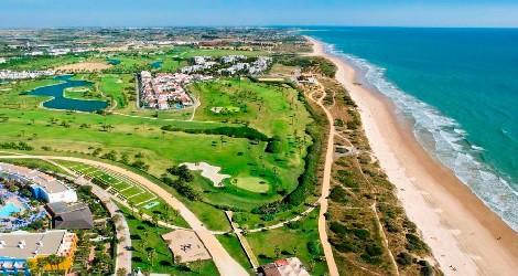 6 playas de Cádiz tan largas que se pierden en el horizonte