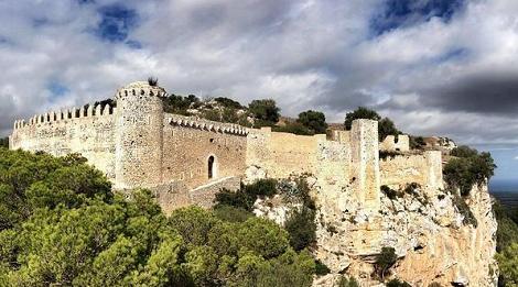 Castillo_Santueri