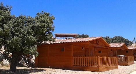 camping_pueblo_blanco_Cabaña_Madera