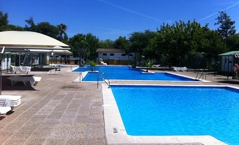 camping_roche_piscina