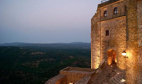 vistas_noche_hotel_castillo_castellar